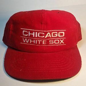 Vintage 90's Chicago White Sox Curdoroy Snapback ⚾